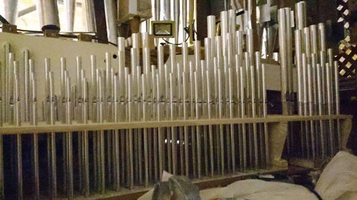 Tubos del %C3%B3rgano barroco de Herencia - Finalización en las obras de reconstrucción del órgano barroco de Herencia