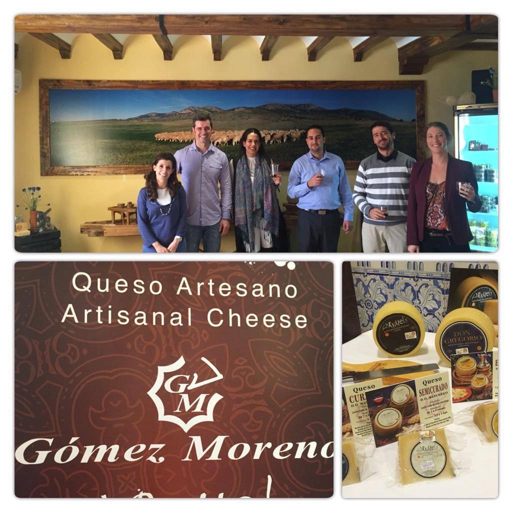 Visita de importadores canadienses a las instalaciones Quesos Gomez Moreno