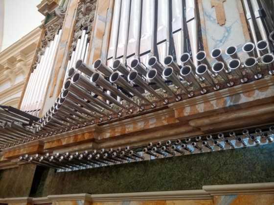 Misa de bendicion de los trabajos de restauracion y reconstruccion del organo barroco de Herencia 3 560x420 - El órgano barroco de Herencia vuelve a sonar 75 años después
