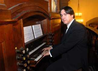 Roberto Fresco, organista