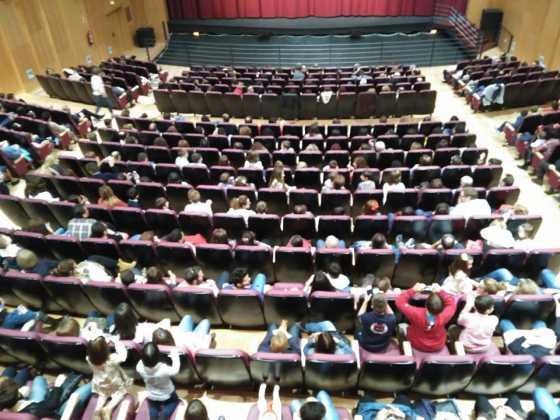 apertura auditorio de Herencia foto ayuntamiento de Herencia 3 560x420 - El auditorio de Herencia abre sus puertas por primera vez