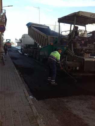 asfaltado de calles en herencia ciudad real 3 315x420 - Asfaltado de calles en nuestra localidad