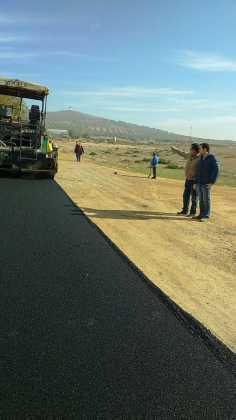 asfaltado de calles en herencia ciudad real 7 236x420 - Asfaltado de calles en nuestra localidad