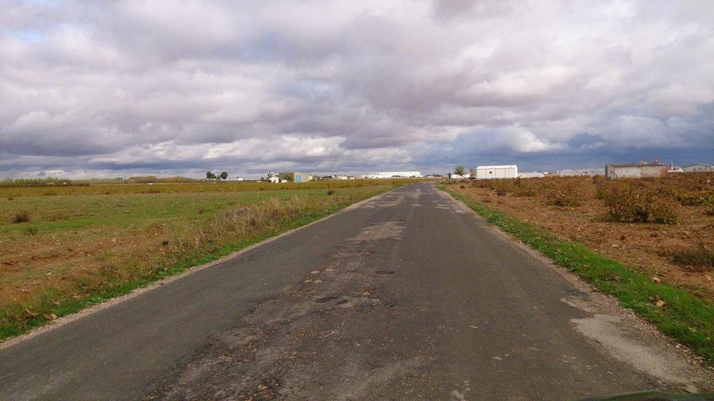 camino pozos agua 2 - Horarios y condiciones para paseos y práctica deportiva para la desescalada