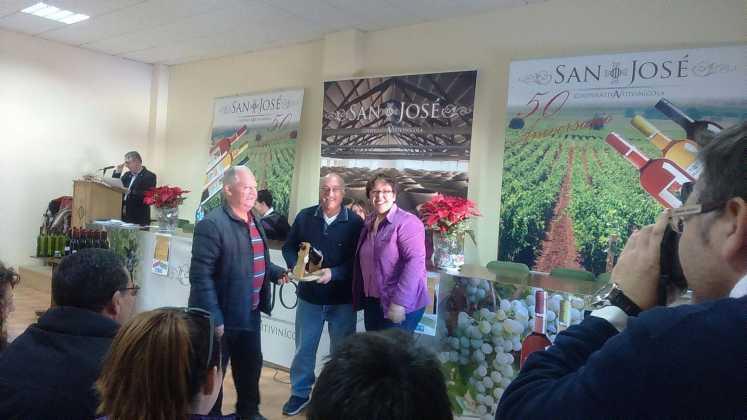 entrega premios iii concurso de vinos en herencia 16 747x420 - Entrega de premios III Concurso de Vinos, Mistelas y Arropes artesanales