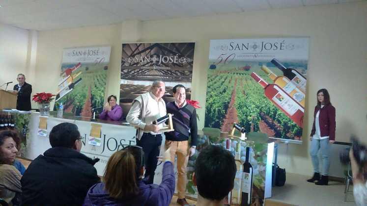 entrega premios iii concurso de vinos en herencia 3 747x420 - Entrega de premios III Concurso de Vinos, Mistelas y Arropes artesanales