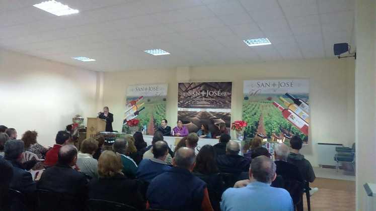 entrega premios iii concurso de vinos en herencia 8 747x420 - Entrega de premios III Concurso de Vinos, Mistelas y Arropes artesanales