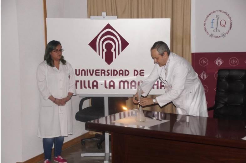 """IES Hermógenes Rodríguez organizo la conferencia """"Ilumínate"""" con motivo del año de la luz 1"""