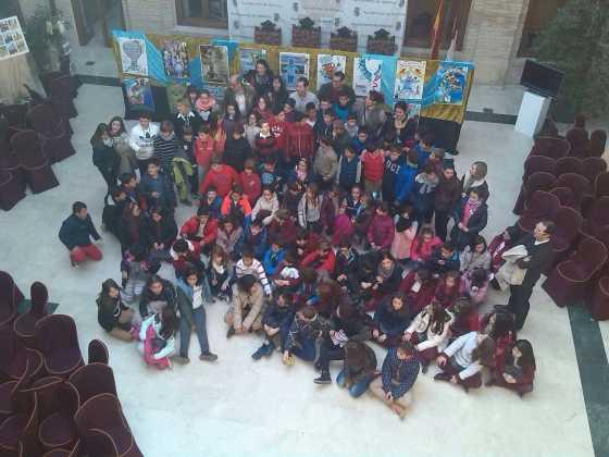 pleno escolar 2015 en herencia 8 560x420 - Celebrado el tradicional pleno escolar con motivo del Día de la Constitución