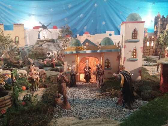 Belen de Jesus Chamusca01 560x420 - Muestra de belenes populares de Herencia. Fotogalería