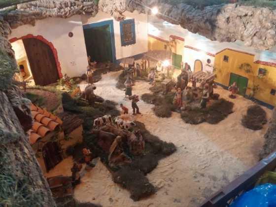 Belen de Jesus Chamusca13 560x420 - Muestra de belenes populares de Herencia. Fotogalería