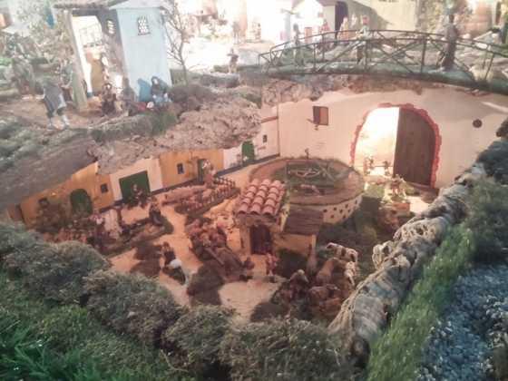 Belen de Jesus Chamusca17 560x420 - Muestra de belenes populares de Herencia. Fotogalería