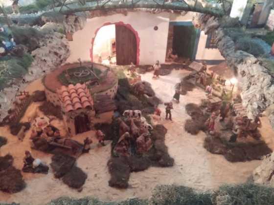 Belen de Jesus Chamusca20 560x420 - Muestra de belenes populares de Herencia. Fotogalería
