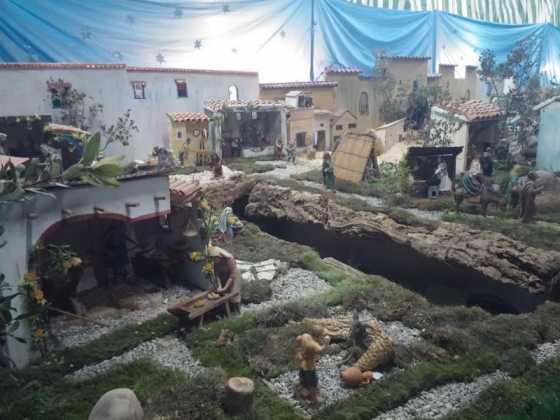 Belen de Jesus Chamusca23 560x420 - Muestra de belenes populares de Herencia. Fotogalería