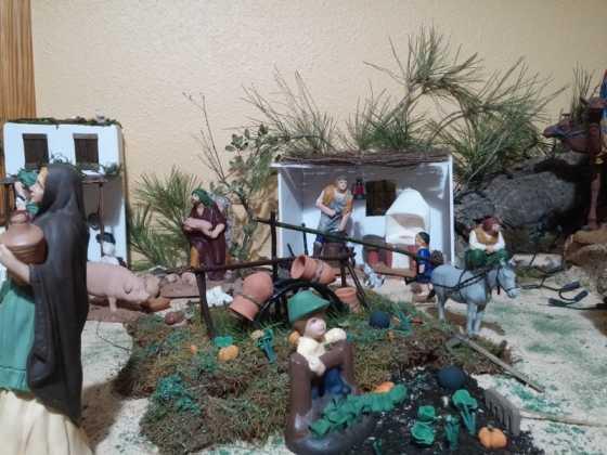 Belen de Maria Isabel Vidal04 560x420 - Muestra de belenes populares de Herencia. Fotogalería