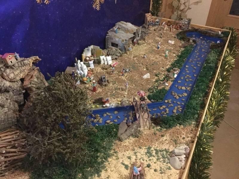 Belen de Pedro Cobos05 - Muestra de belenes populares de Herencia. Fotogalería