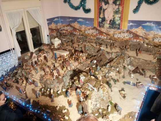 Belen familia Gallego de la Sacristana Glez Ortega04 560x420 - Muestra de belenes populares de Herencia. Fotogalería
