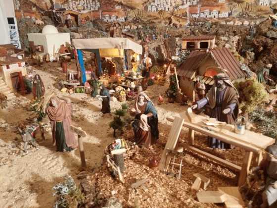 Belen familia Gallego de la Sacristana Glez Ortega10 560x420 - Muestra de belenes populares de Herencia. Fotogalería