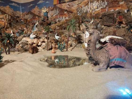 Belen familia Gallego de la Sacristana Glez Ortega11 560x420 - Muestra de belenes populares de Herencia. Fotogalería