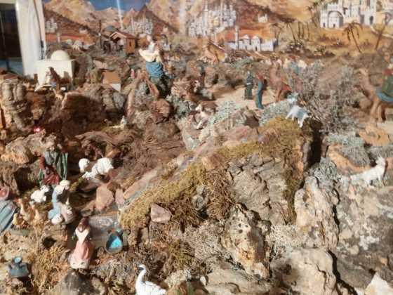 Belen familia Gallego de la Sacristana Glez Ortega12 560x420 - Muestra de belenes populares de Herencia. Fotogalería