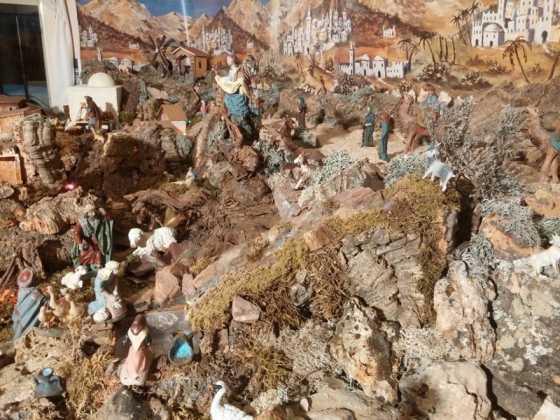 Belen familia Gallego de la Sacristana Glez Ortega13 560x420 - Muestra de belenes populares de Herencia. Fotogalería