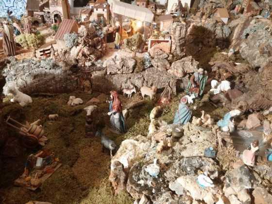 Belen familia Gallego de la Sacristana Glez Ortega14 560x420 - Muestra de belenes populares de Herencia. Fotogalería