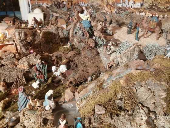 Belen familia Gallego de la Sacristana Glez Ortega15 560x420 - Muestra de belenes populares de Herencia. Fotogalería