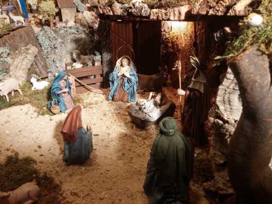 Belen familia Gallego de la Sacristana Glez Ortega16 560x420 - Muestra de belenes populares de Herencia. Fotogalería