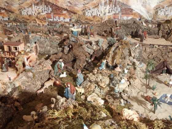 Belen familia Gallego de la Sacristana Glez Ortega17 560x420 - Muestra de belenes populares de Herencia. Fotogalería