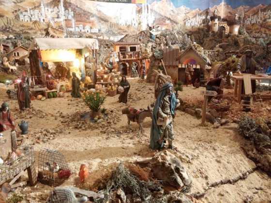 Belen familia Gallego de la Sacristana Glez Ortega19 1 560x420 - Muestra de belenes populares de Herencia. Fotogalería