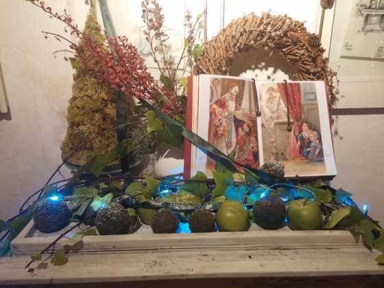 Exposicion de Navidad Decoracion de Interiores de Herencia04 560x420 - Fotogalería de la exposición de decoración Bodegones de Navidad