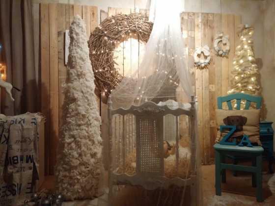 Exposicion de Navidad Decoracion de Interiores de Herencia11 560x420 - Fotogalería de la exposición de decoración Bodegones de Navidad