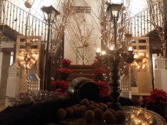 Exposicion de Navidad Decoracion de Interiores de Herencia46 560x420 - Fotogalería de la exposición de decoración Bodegones de Navidad