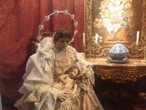 Nacimiento de Floristeria Aragar03 560x420 - Muestra de belenes populares de Herencia. Fotogalería