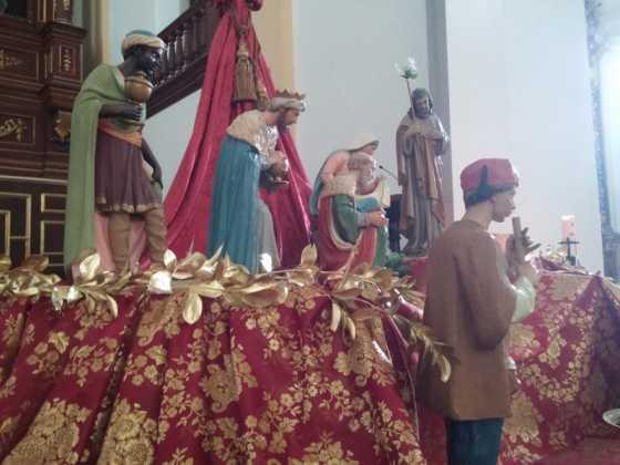 Nacimiento de la parroquia Inmaculada Concepcion04 560x420 - Muestra de belenes populares de Herencia. Fotogalería