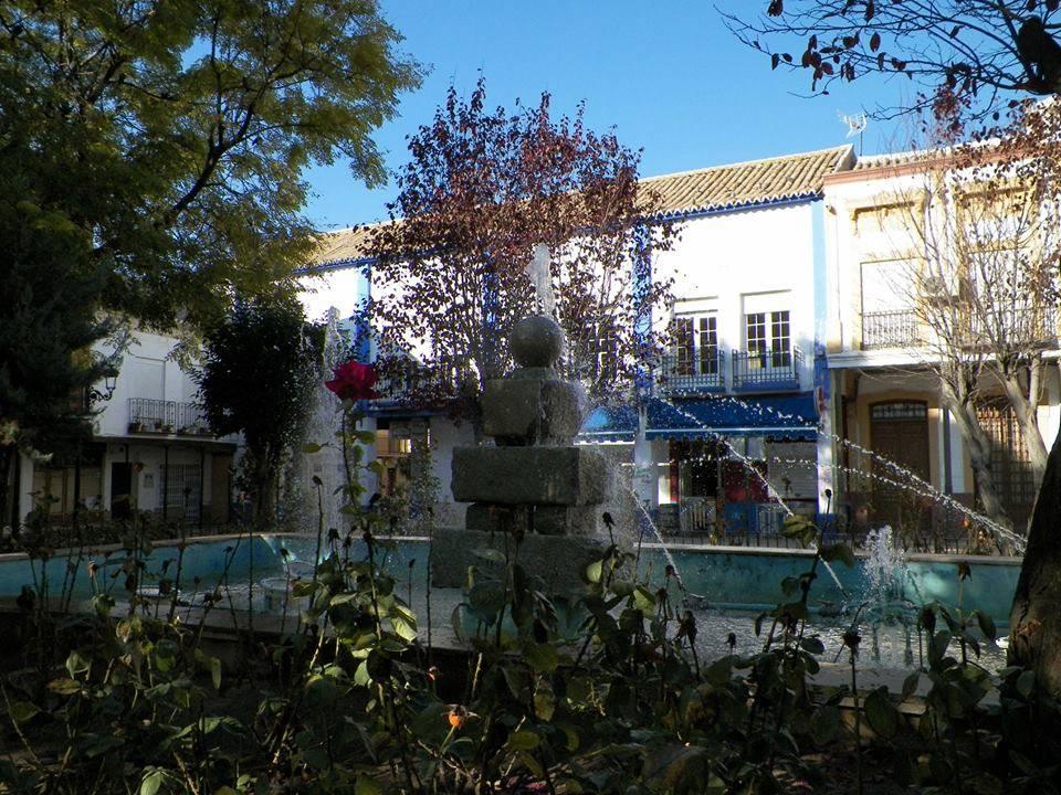 Plaza de España de HErencia foto de Antonio Carmona Marquez - Aprobada la ordenanza para regular las condiciones estéticas de los edificios en la Plaza de España
