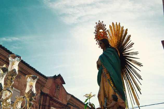 Procesion de la Inmaculada Concepción de Herencia4 fotografia de Carmen Ramos 630x420 - Fotografías y vídeos de las fiestas de la Inmaculada Concepción