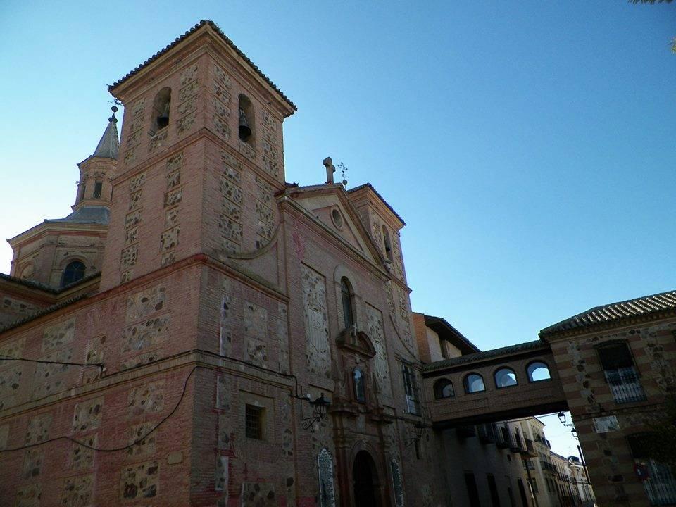 Real iglesia conventual de la MErced de HErencia foto de Antonio Carmona Marquez - El muro desnudo. La Iglesia de la Merced de Herencia