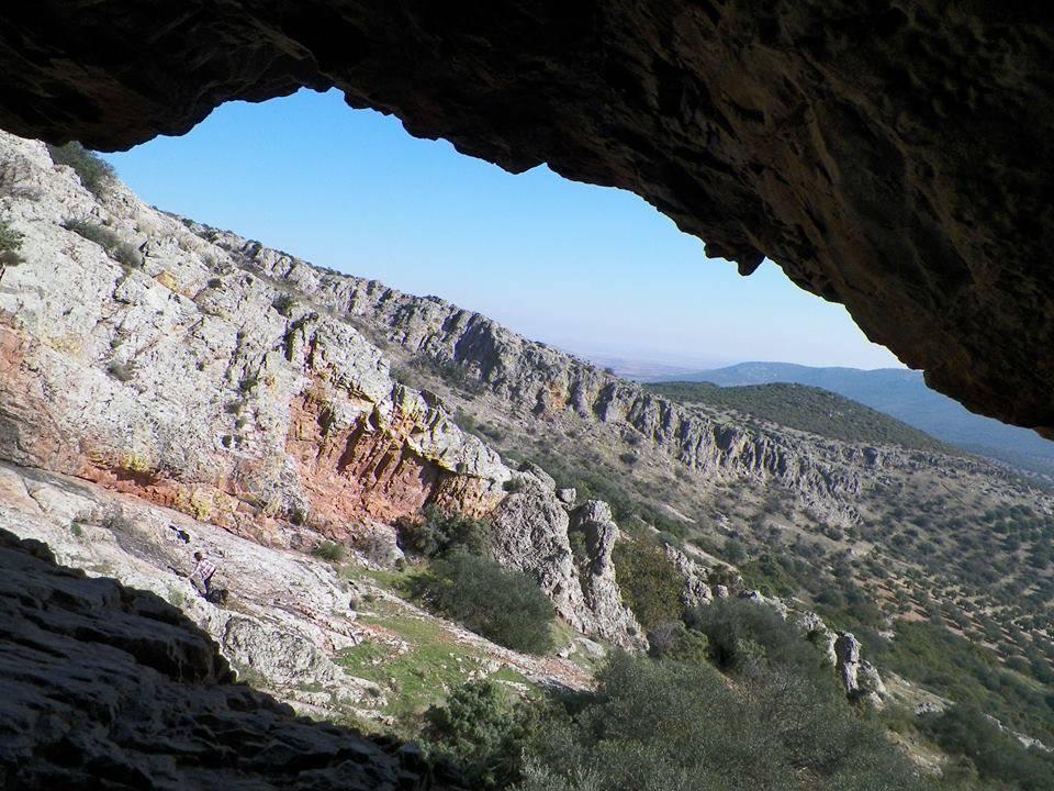 Vista desde el interior de la Rendija foto de Antonio Carmona Marquez - Herencia desde su Rendija
