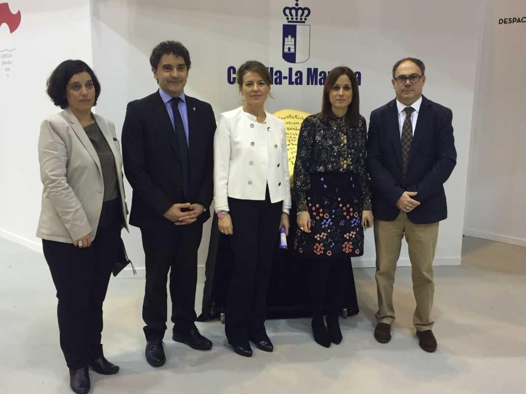 acuerdo castilla lamancha y valencia para turismo 1068x801 - Castilla-La Mancha y Valencia acuerdan impulsar el turismo social para personas mayores entre ambas comunidades