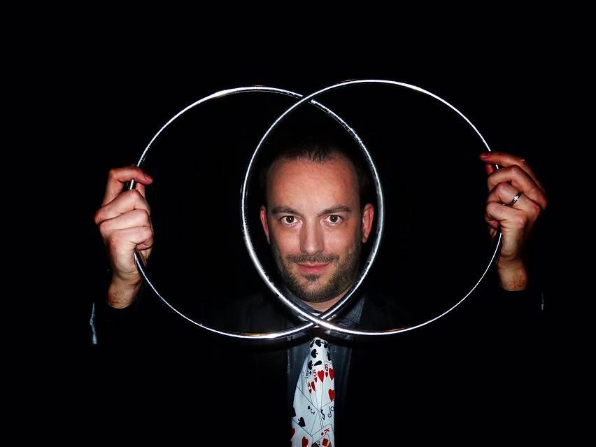 Juanma García presenta su espectáculo de magia en Herencia 1