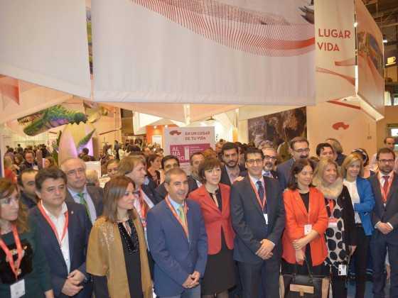 Todos juntos trabajando por el turismo de nuestra región en FITUR 1