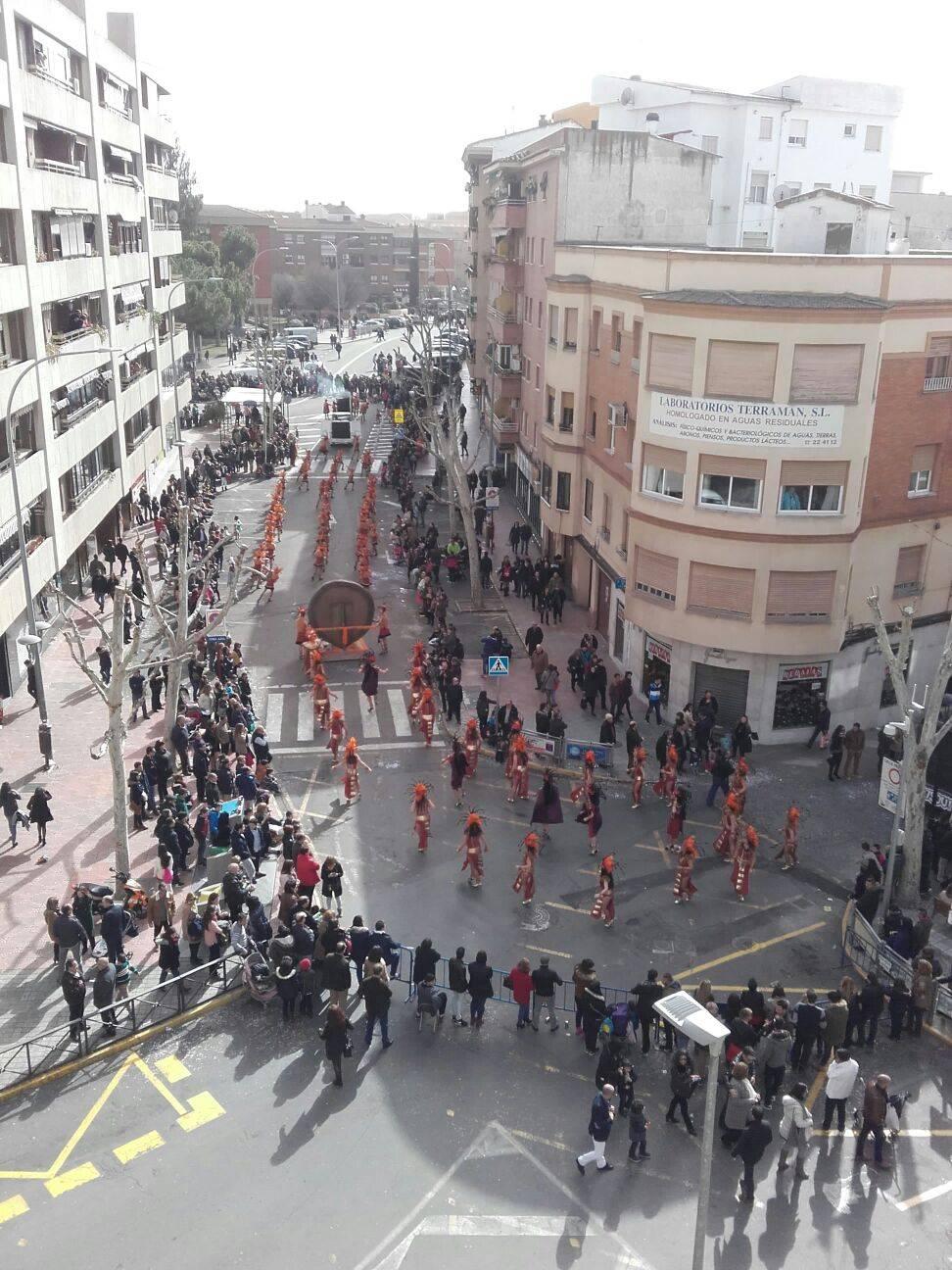 Axonsou desfilando por las calles de Ciudad Real en el Domingo de Piñata 2016