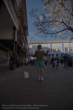 Perlé corriendo en el pasacalles del domingo 72