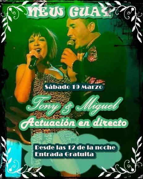 Toñi y Miguel en concierto en la sala New Guay 1