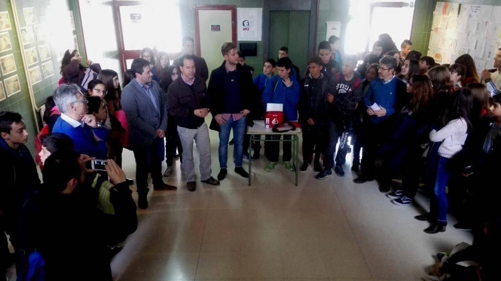 desfibrilador en colegios de herencia - Entregado desfibrilador al IES Hermógenes Rodríguez