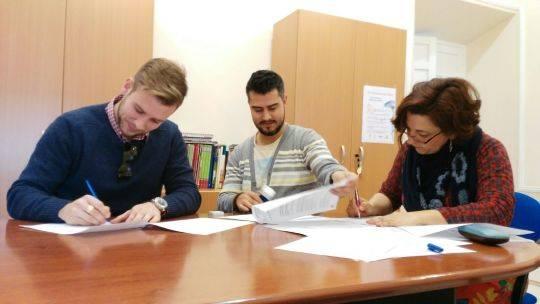 firma convenio entre asodisal y el ayuntamiento de herencia