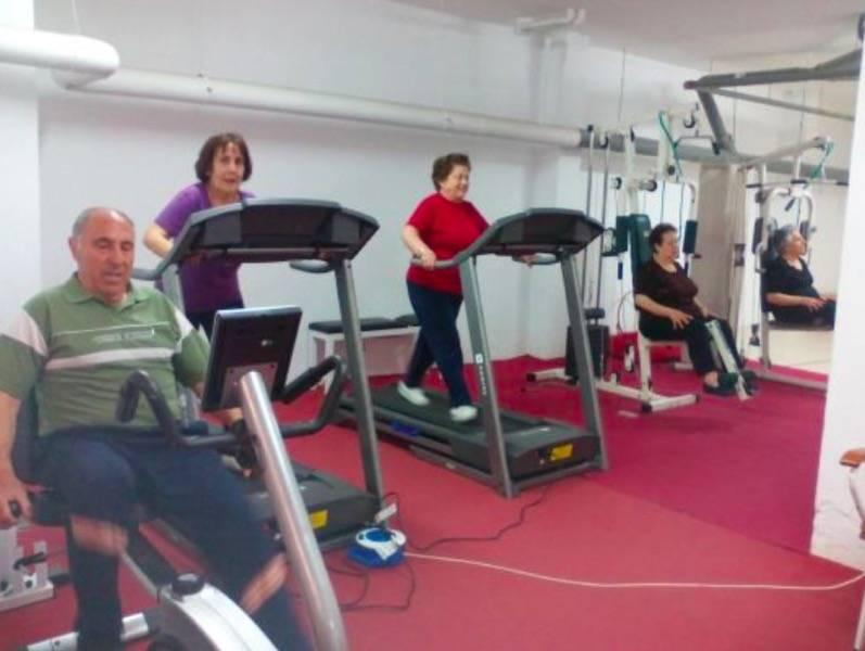 Actividades deportivas y de ocio para personas mayores en Herencia