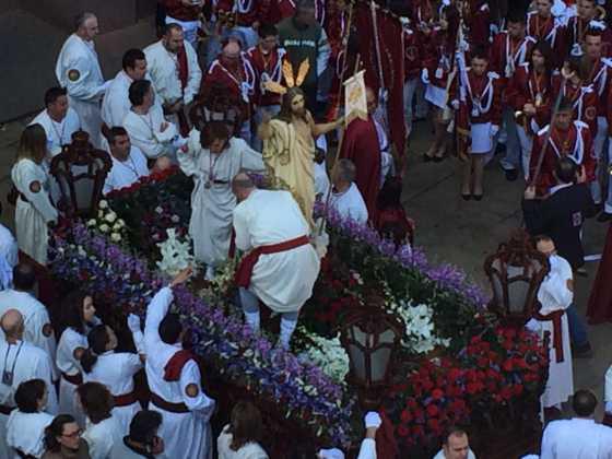 procesion del resucitado en herencia3 560x420 - Procesión del Resucitado en Herencia. Fotografías y vídeos
