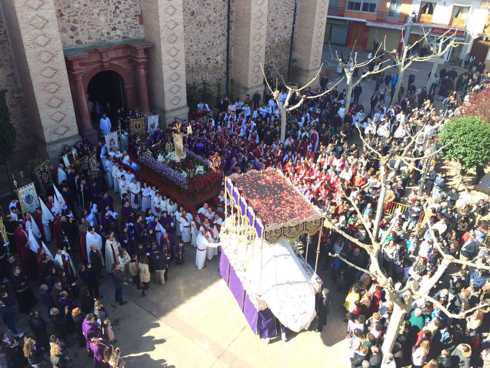 procesion del resucitado en herencia5 - Procesiones de la Semana Santa de Herencia. Horarios y recorridos